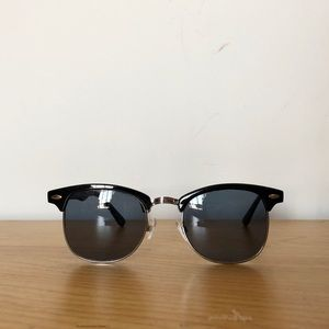 Other - Unisex Black Clubmaster Sunglasses